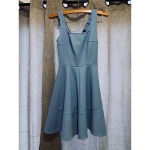LIKE NEW Lulu's Periwinkle Tea Dress